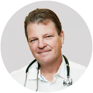 ClinicStaff-DrKevinSaunders